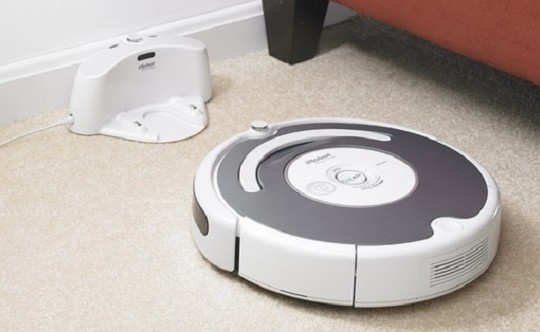 robot aspirapolvere pavimenti