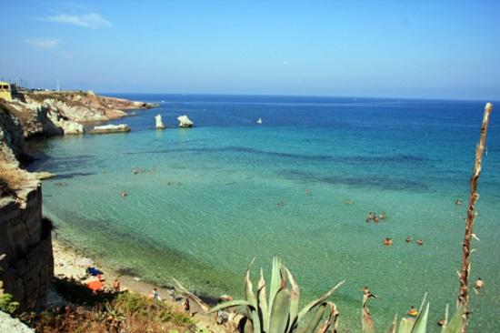 spiaggia terrasini sicilia