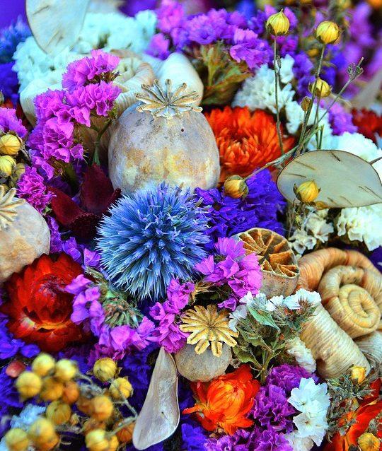 come evitare che i mazzi di fiori secchino